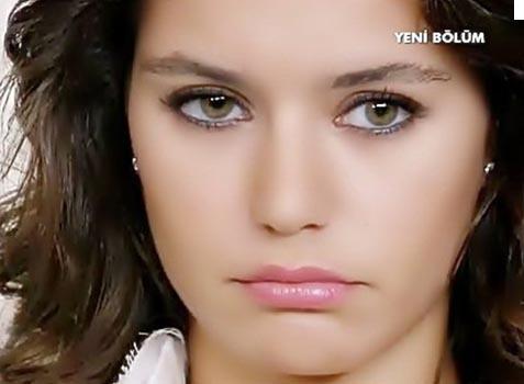 Bir ili karıştıran olay! Porno yıldızı Türkiyeye transfer