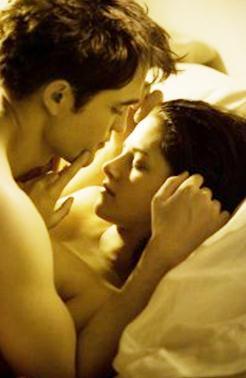Alacakaranlık 4 Safak Vakti sevişme The Twilight Saga Breaking Dawn
