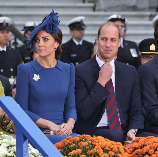 Kate and william start dating