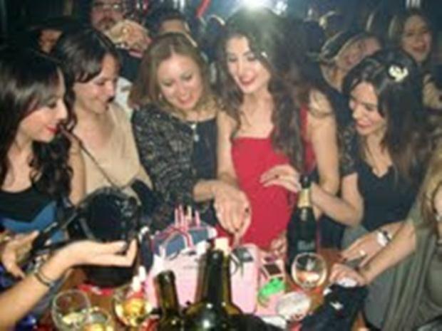 اخر اخبار الفنانين 31 3 2011 + اديل فرات تحتفل بعيد ميلادها