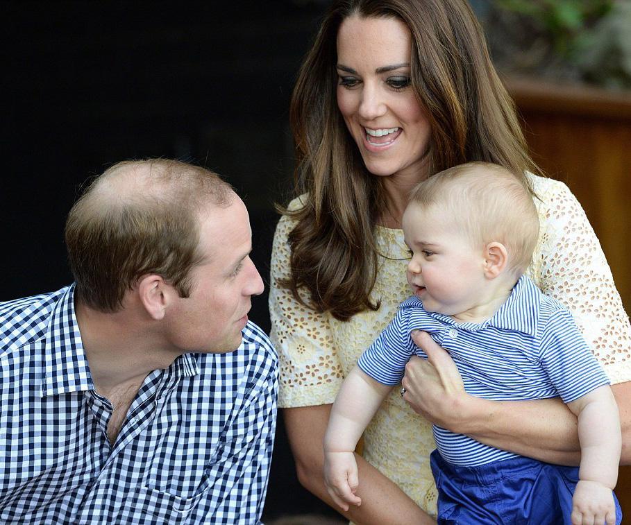 """Британский...  Маленького принца отвели на выставку  """"Ночная жизнь..."""